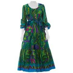 1970S  Green Cotton Barkcloth Hawaiian Border Print Long Sleeve Maxi Dress