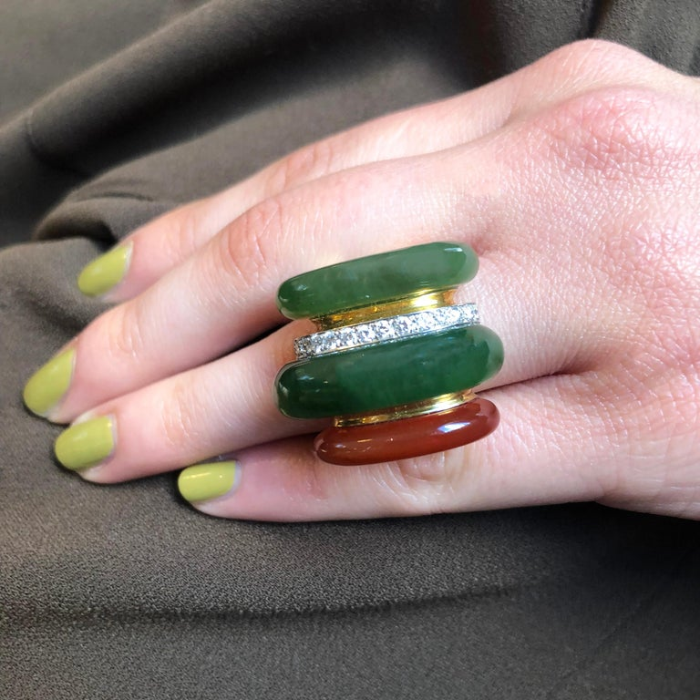 1970s Gubelin Carnelian, Nephrite, Diamond and Gold Ring In Excellent Condition For Sale In New York, NY
