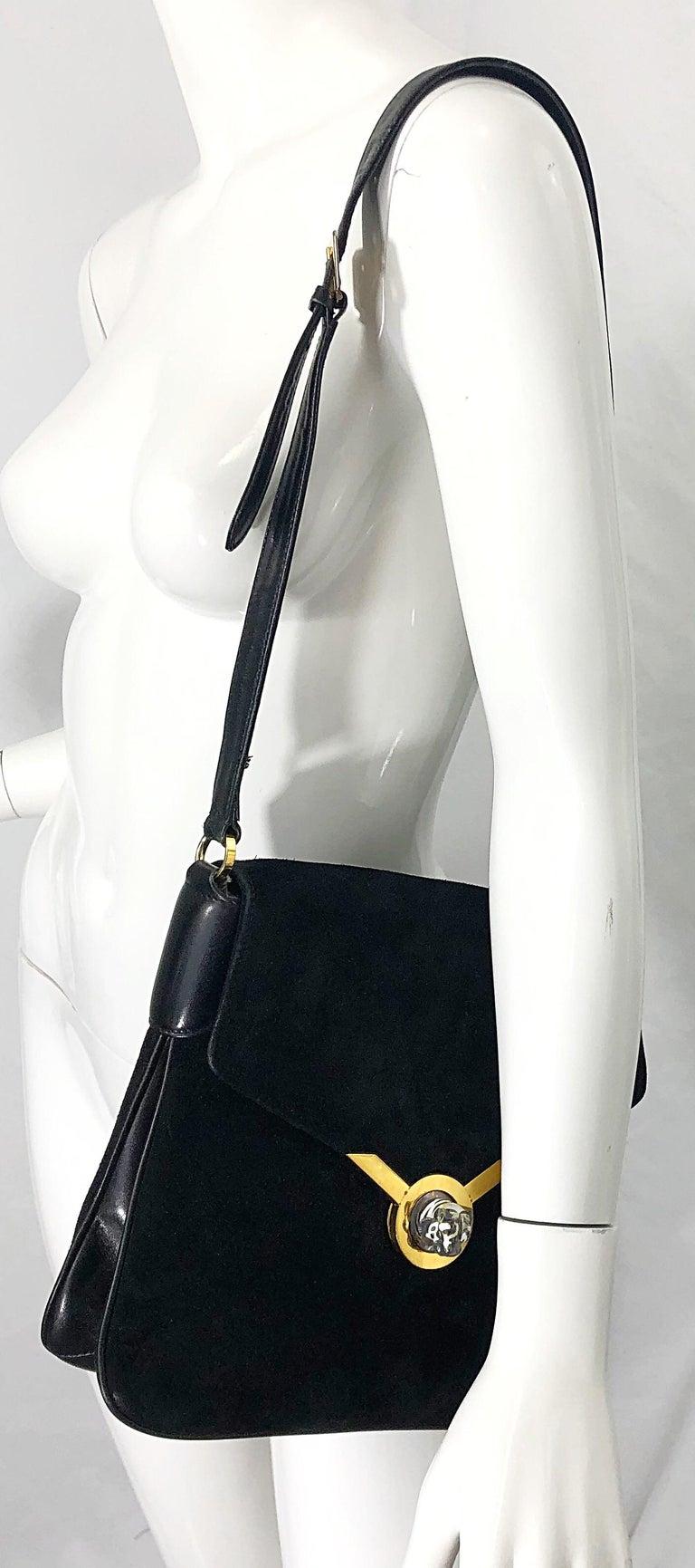 1970s Gucci Black Suede Tiger Clasp Large Vintage 70s Handbag Purse Shoudler Bag For Sale 6