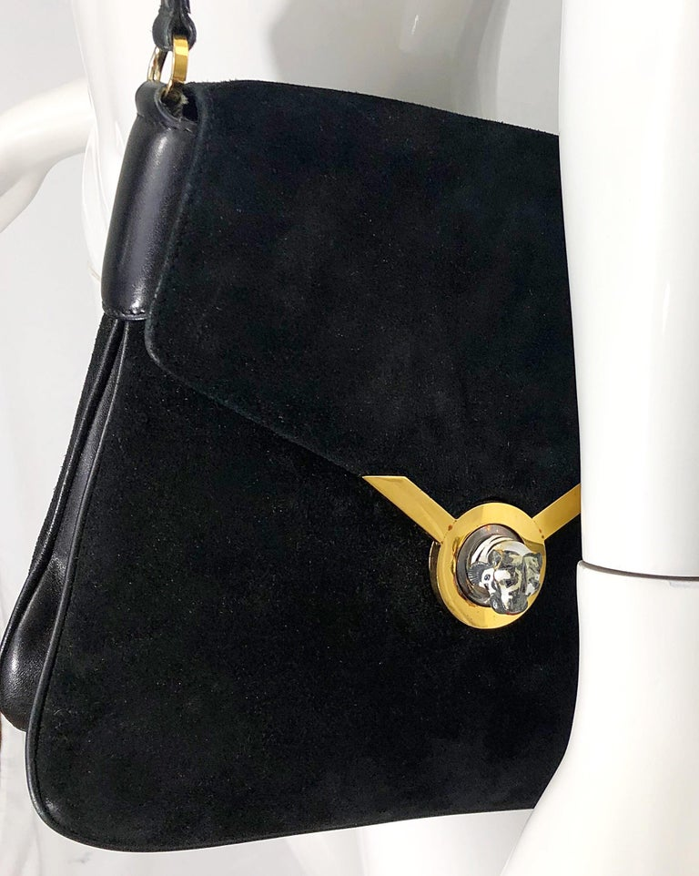 1970s Gucci Black Suede Tiger Clasp Large Vintage 70s Handbag Purse Shoudler Bag In Good Condition For Sale In Chicago, IL
