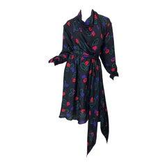 1970s Halston Size 12 / 14 Perwinkle Print Silk Damask Vintage 70s Wrap Dress