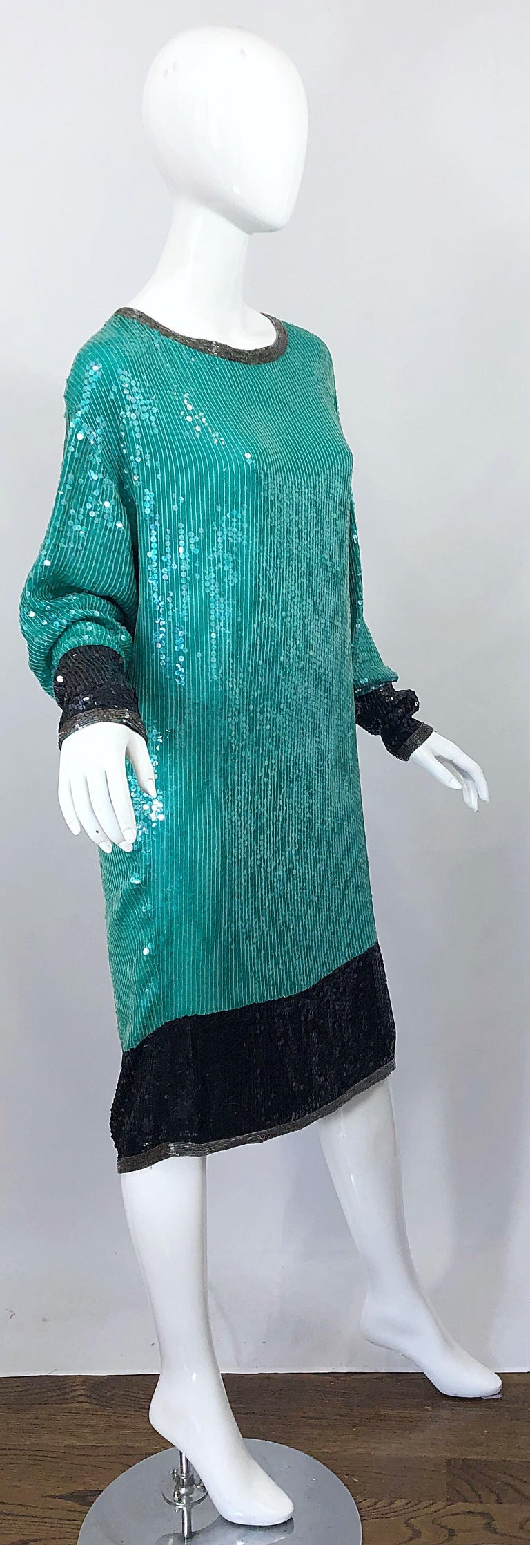 1970s HALSTON Teal Blue / Green + Black Sequined Beaded Dolman Sleeve Silk Dress For Sale 10
