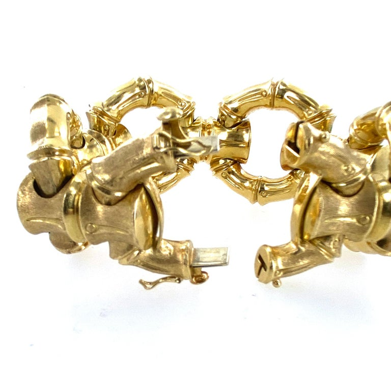 1970s Hammerman Brothers Bamboo Link 18 Karat Yellow Gold Wide Bracelet In Excellent Condition For Sale In Boca Raton, FL