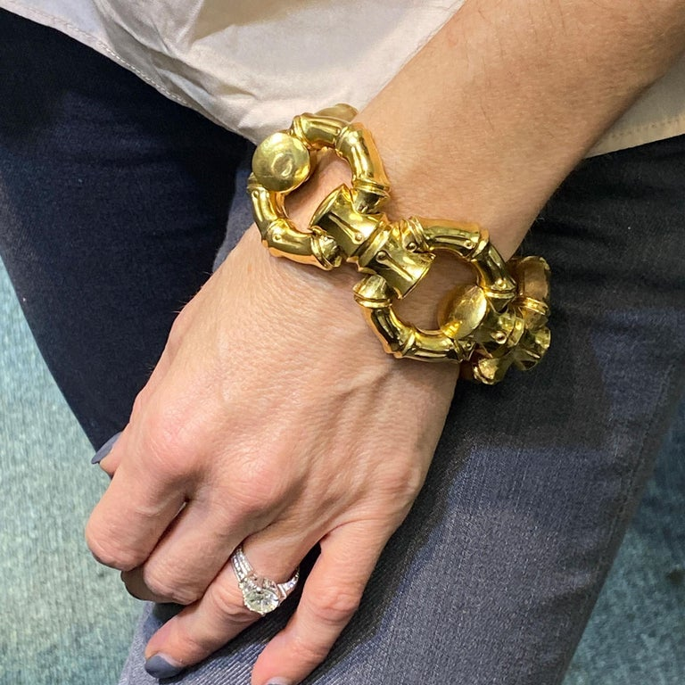 1970s Hammerman Brothers Bamboo Link 18 Karat Yellow Gold Wide Bracelet For Sale 1
