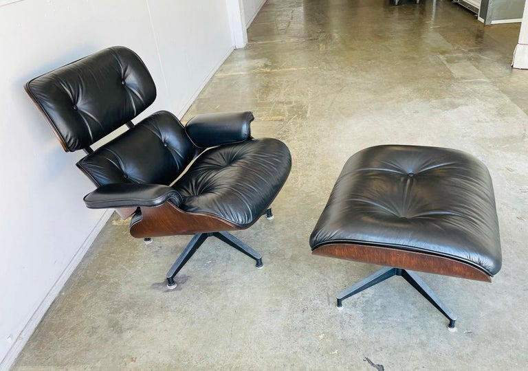 North American 1970s Herman Miller Eames Lounge Chair and Ottoman For Sale