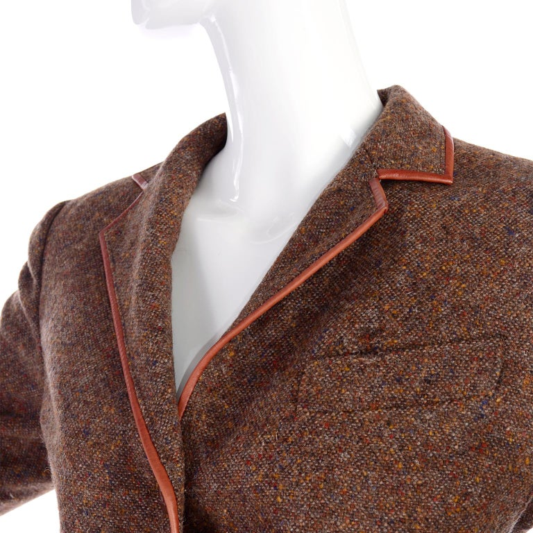 1970s Hermes Vintage Suit W/ Skirt & Blazer in Brown Wool Tweed W Leather Trim In Good Condition For Sale In Portland, OR