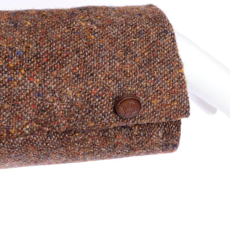 1970s Hermes Vintage Suit W/ Skirt & Blazer in Brown Wool Tweed W Leather Trim For Sale 2