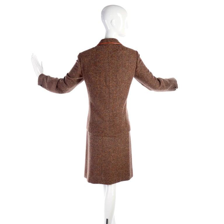 1970s Hermes Vintage Suit W/ Skirt & Blazer in Brown Wool Tweed W Leather Trim For Sale 3