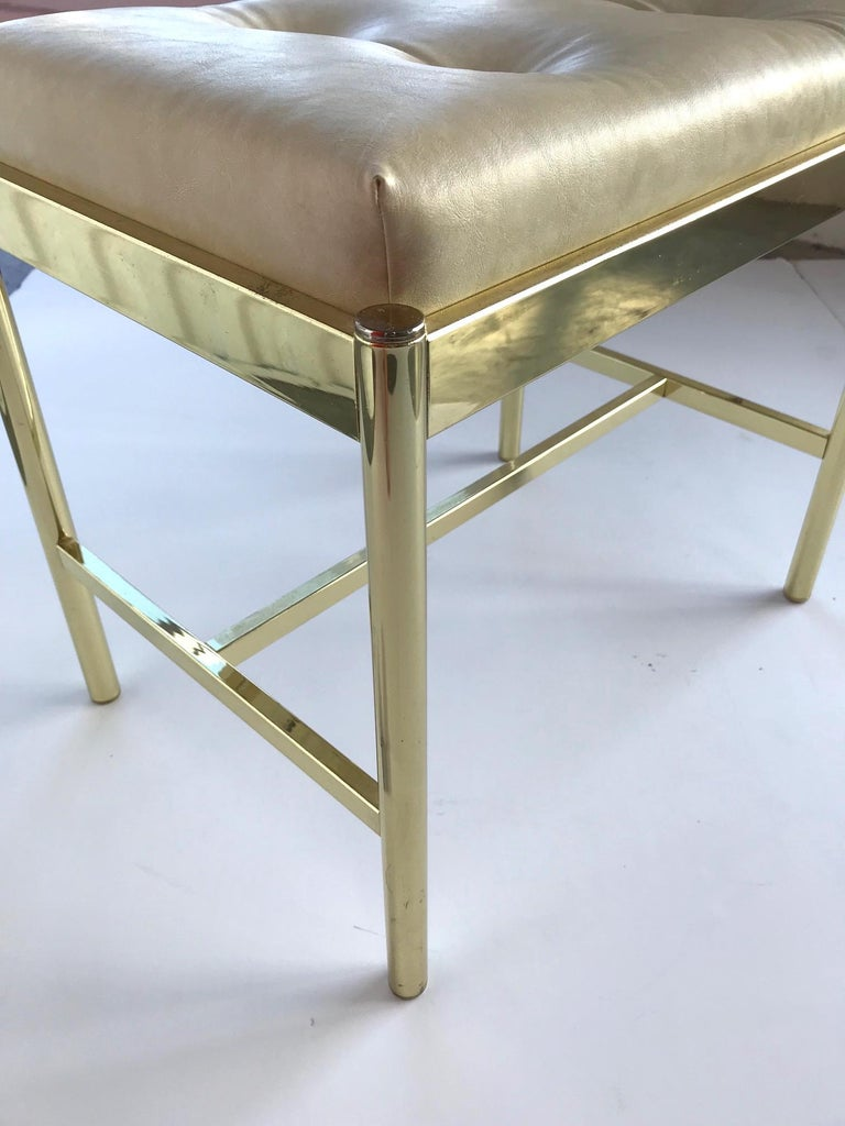 1970s Hollywood Regency Brass Bench in Naugahyde In Good Condition For Sale In Miami, FL