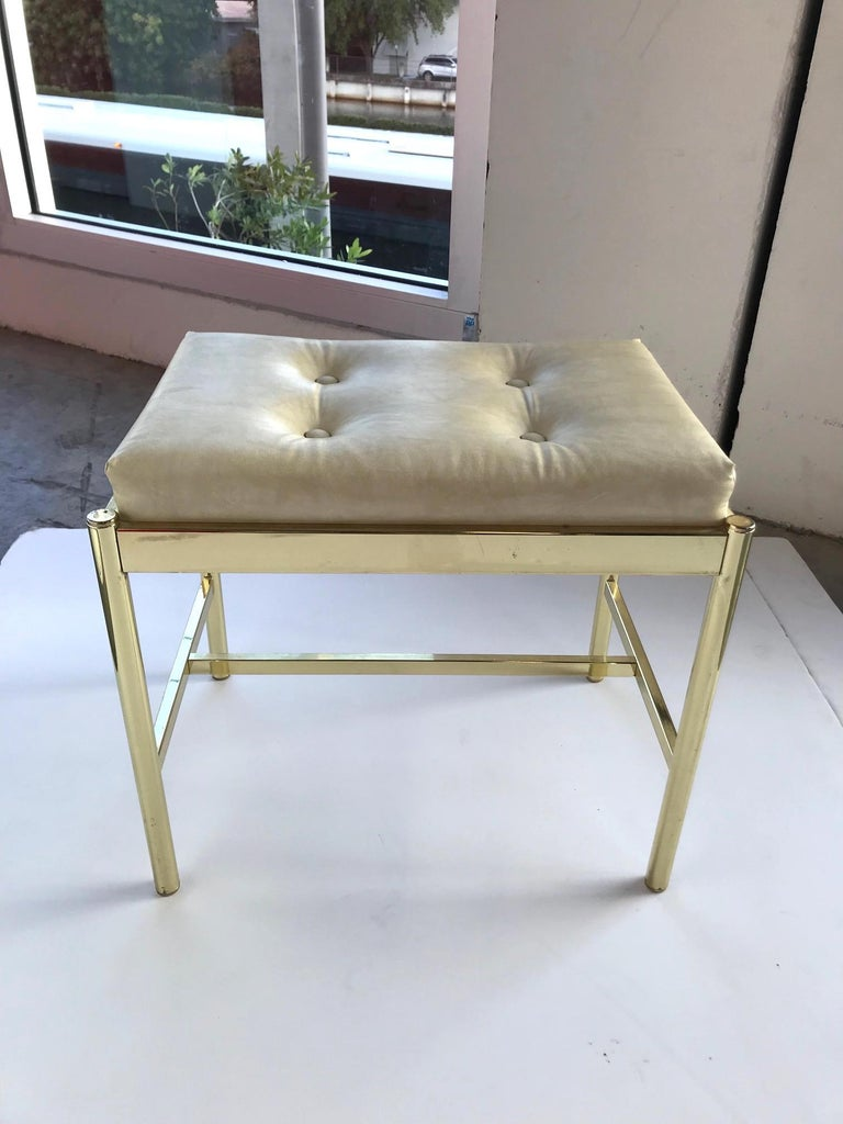 1970s Hollywood Regency Brass Bench in Naugahyde For Sale 1