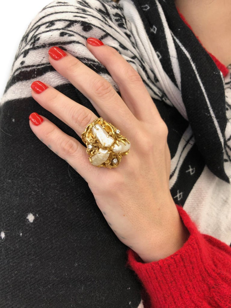 1970s Impressive Pearl and Diamond Statement Ring For Sale 7