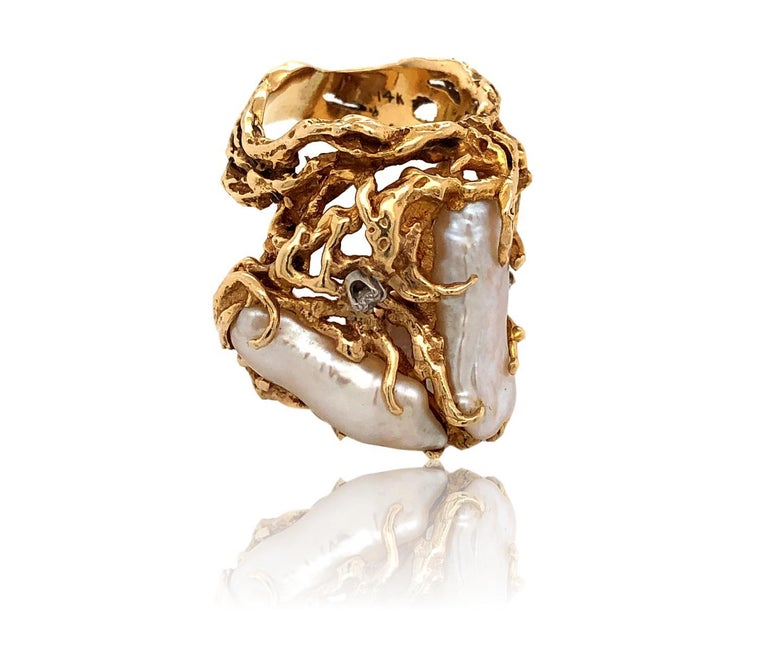 1970s Impressive Pearl and Diamond Statement Ring For Sale 1