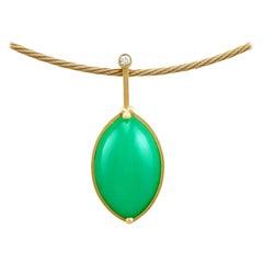 1970s Italian 21.30 Carat Chrysoprase and Diamond Yellow Gold Necklace