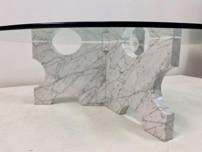 20th Century 1970s Italian Carrara Marble Coffee Table For Sale