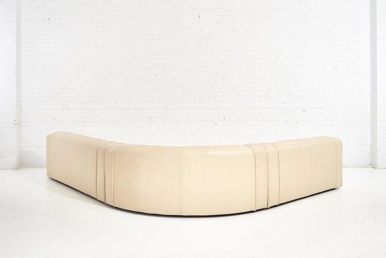 1970's Italian Casa Bella Leather Sectional Sofa For Sale 2