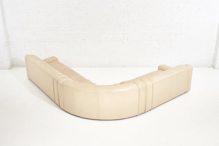 1970's Italian Casa Bella Leather Sectional Sofa For Sale 3