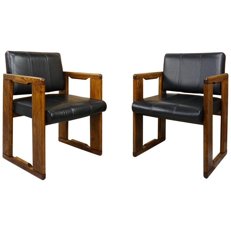1970s Italian Design by Afra&Tobia Scarpa Wooden and Black Leather Armchairs For Sale