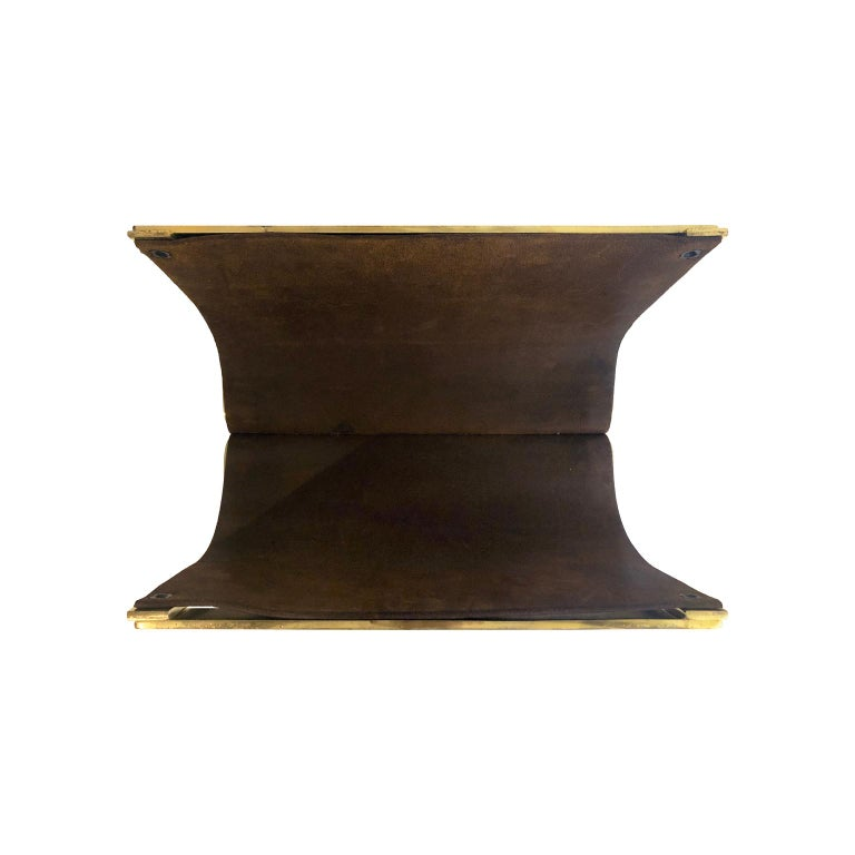 1970s Italian Magazine Rack/Log Rack in Brown Leather and Brass In Good Condition For Sale In New York, NY