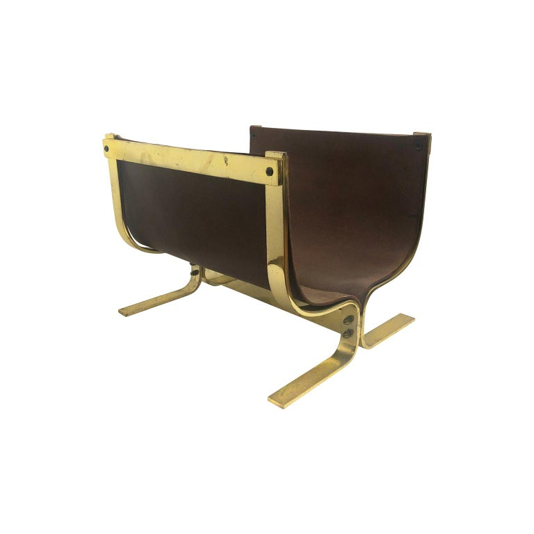 1970s Italian Magazine Rack/Log Rack in Brown Leather and Brass For Sale