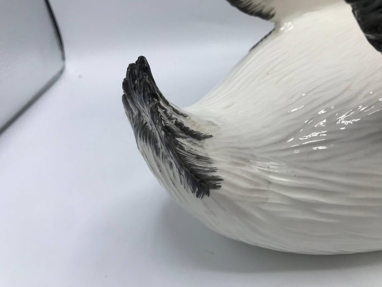 1970s Italian Mottahedeh Ceramic Swan Sculpture For Sale 2