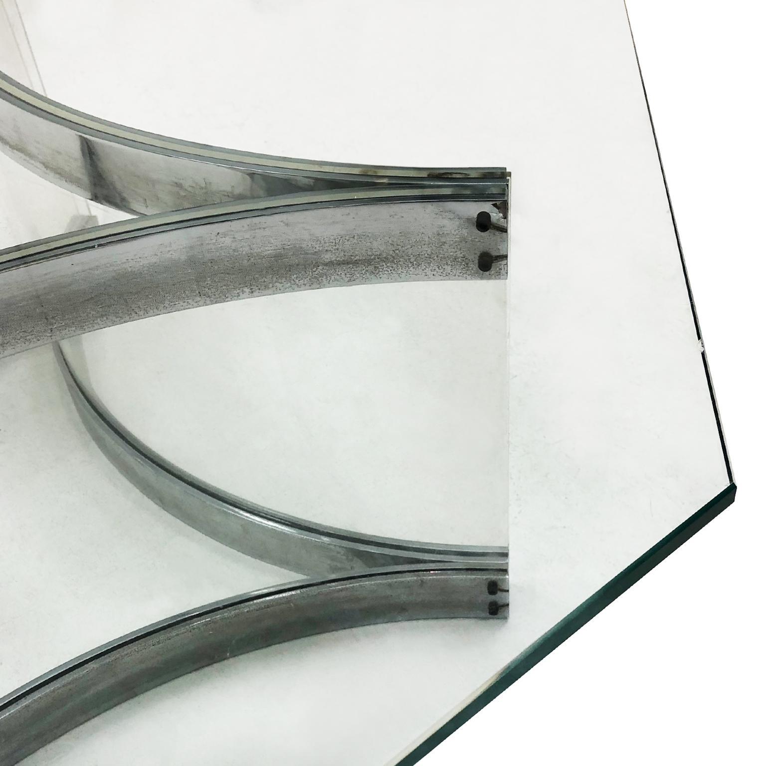 italienischer achteckiger chrom und plexiglas couchtisch von alessandro albrizzi 1970er im angebot bei 1stdibs