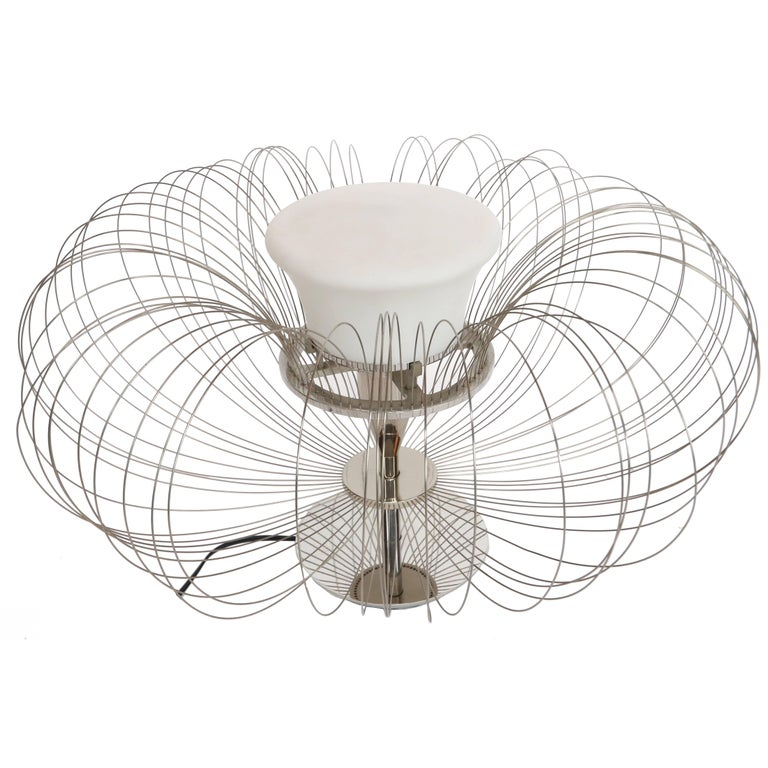 1970s Italian Sculptural Metal Flower Table Lamp From Luminara For