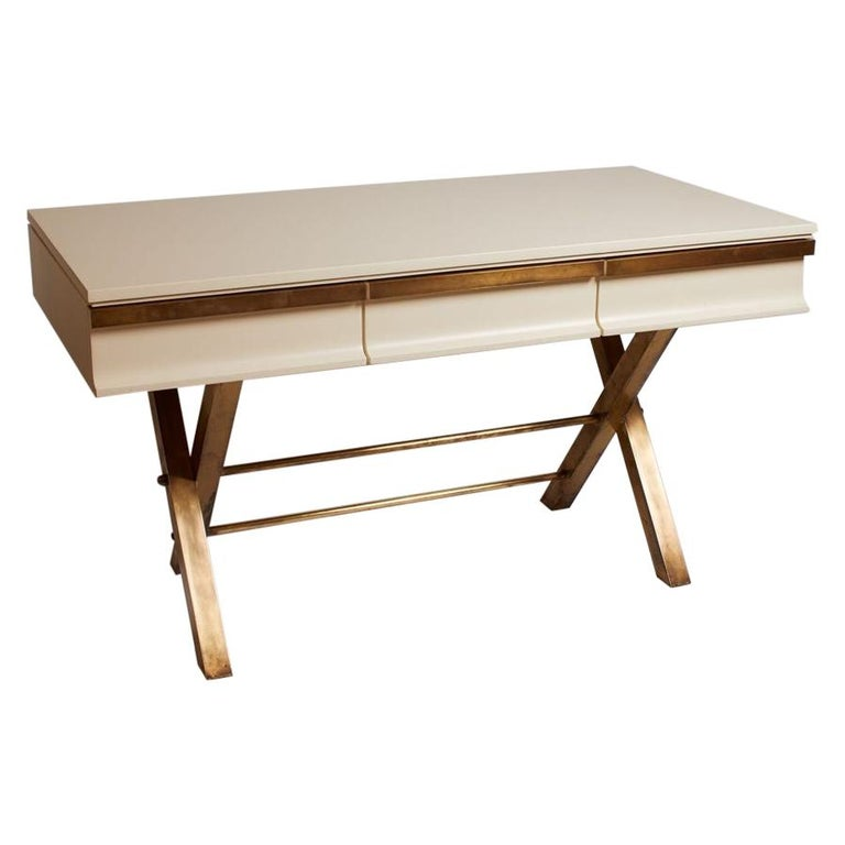 1970s Italian White Lacquer and Brass 3-Drawer Desk For Sale