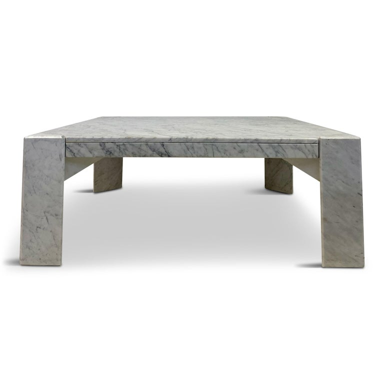 20th Century 1970s Italian White Marble Coffee Table For Sale