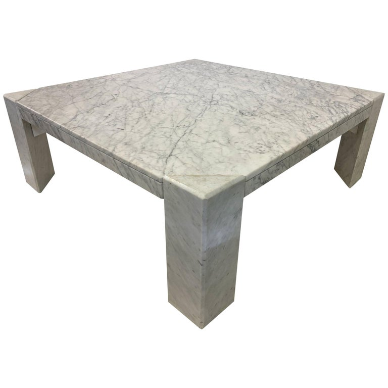 1970s Italian White Marble Coffee Table For Sale