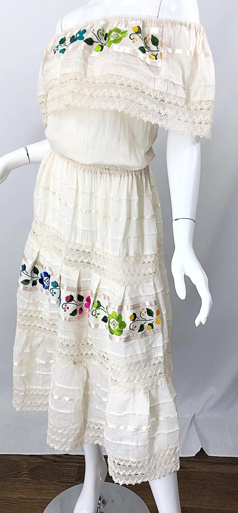 1970s Ivory Cotton Colrful Embroidered Flowers Off Shoulder Vintage Boho Dress For Sale 9