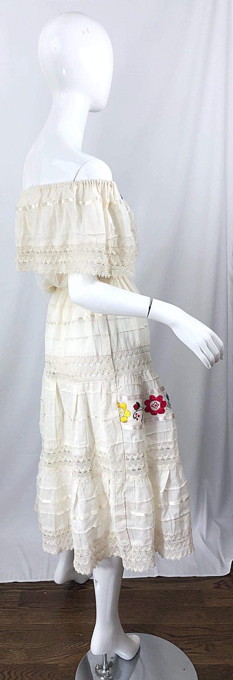 1970s Ivory Cotton Colrful Embroidered Flowers Off Shoulder Vintage Boho Dress For Sale 10