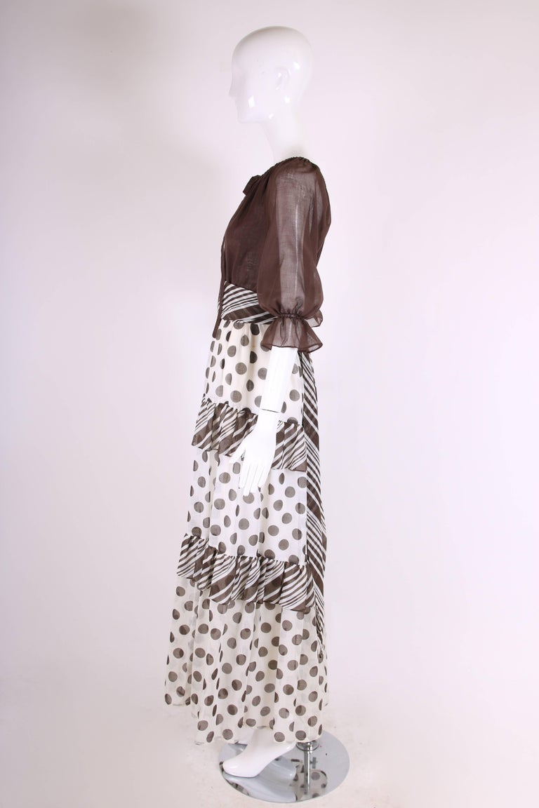 1970s Jack Bryan Brown & White Maxi Dress w/Polka Dot Print Skirt & Ruffled Trim In Excellent Condition For Sale In Los Angeles, CA