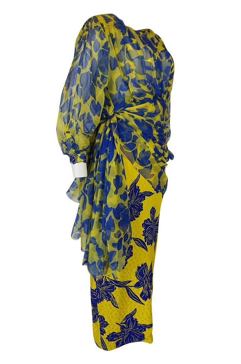 Gray 1970s James Galanos Couture Draped Printed Floral Silk Dress For Sale