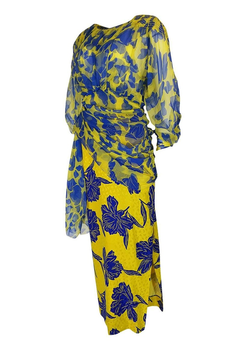 1970s James Galanos Couture Draped Printed Floral Silk Dress In Excellent Condition For Sale In Rockwood, ON