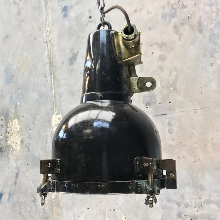 1970s Japanese Brass Marine Nautical Searchlight Pendant Lamp, Tarnished Brown For Sale 2