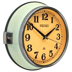 1970s Japanese Green Retro Seiko Vintage Antique Chrome Bezel Quartz Wall Clock