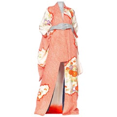 1970'S Japanese Silk Shibori  In Orange With Gold Metallic Hand Embroidery Kimo