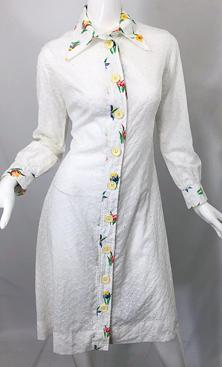 1970s Joseph Magnin White Eyelet Cotton Embrodiered Vintage 70s Shirt Dress For Sale 5