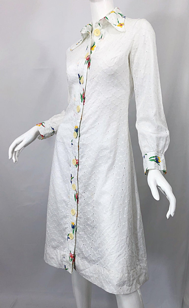 1970s Joseph Magnin White Eyelet Cotton Embrodiered Vintage 70s Shirt Dress For Sale 6