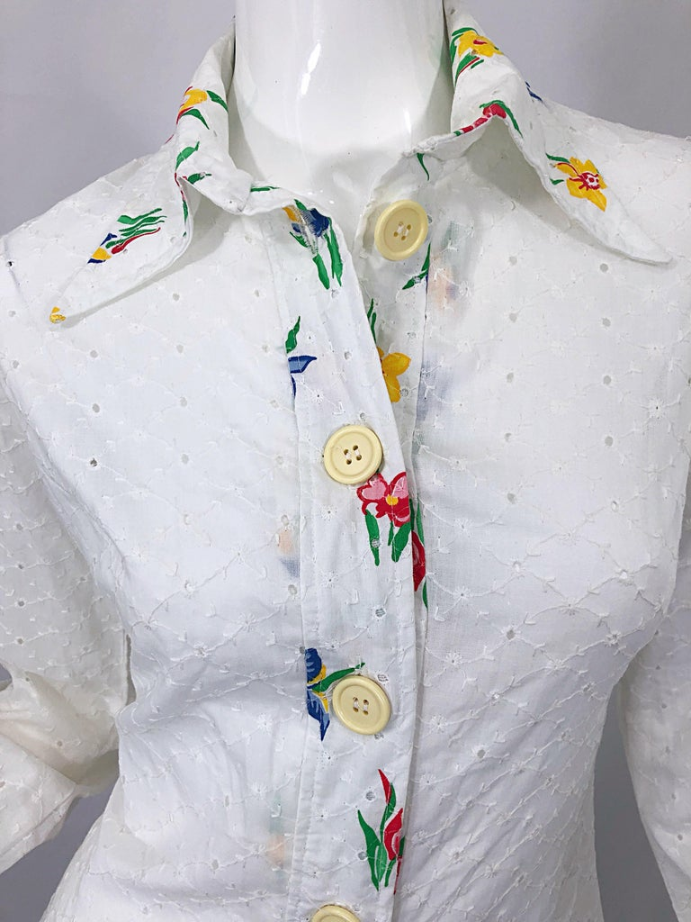Gray 1970s Joseph Magnin White Eyelet Cotton Embrodiered Vintage 70s Shirt Dress For Sale