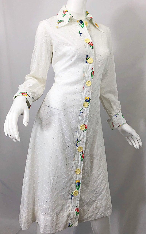 Women's 1970s Joseph Magnin White Eyelet Cotton Embrodiered Vintage 70s Shirt Dress For Sale
