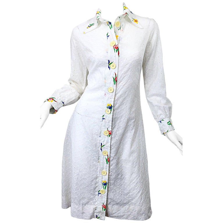 1970s Joseph Magnin White Eyelet Cotton Embrodiered Vintage 70s Shirt Dress For Sale