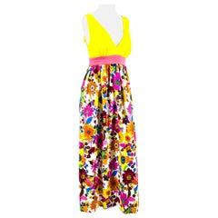 1970s Kamehameha Hawaiian Floral Printed Maxi-Dress
