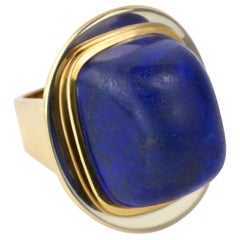 1970s Karl Stittgen Unique Cabochon Lapis and Bi-Color Gold Ring