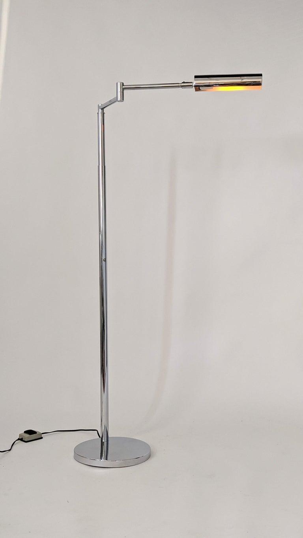 Steel 1970s Koch & Lowy Swing Arm Telescopic Reading Floor Lamp, USA  For Sale