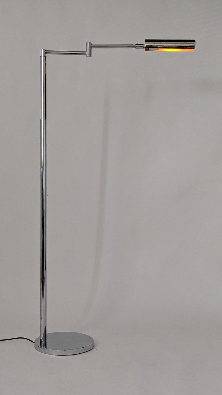 1970s Koch & Lowy Swing Arm Telescopic Reading Floor Lamp, USA  For Sale 2