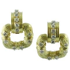 1970s La Triomphe 18 Karat Yellow Gold Diamond Earrings