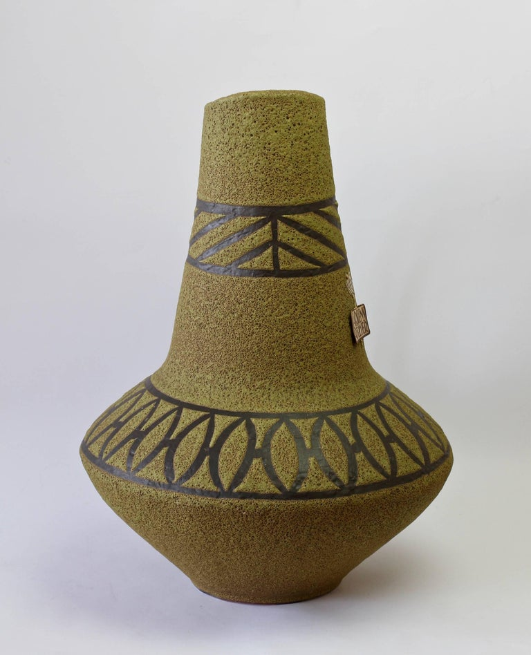 1970s Large Green Lava Glazed West German Pottery Floor Vase by Carstens Atelier For Sale 1