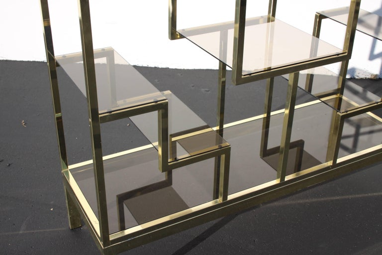 Late 20th Century 1970s Large Hollywood Regency Brass Italian Étagère with Geometric Design For Sale