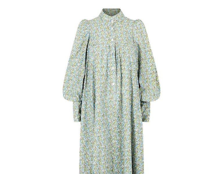 1970s Laura Ashley Floral Cotton Smock Dress In Excellent Condition For Sale In London, GB